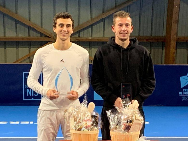 Challenge Pro FFT - Corentin Denolly gagne à Poitiers contre Dan Added