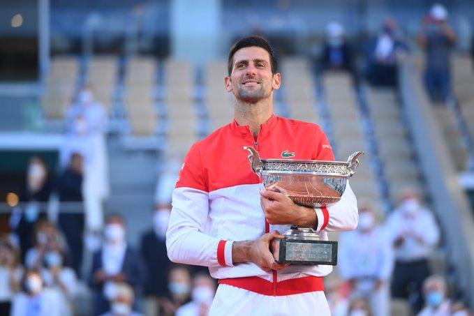 Roland-Garros - Le résumé de la finale Djokovic-Tsitsipas en vidéo