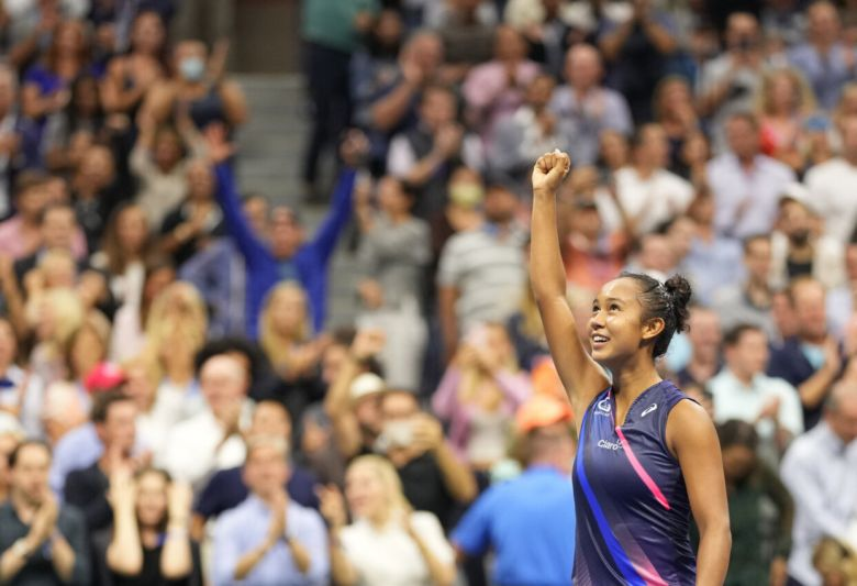 US Open - Quand Magic Johnson tombe sous le charme de Leylah Fernandez !