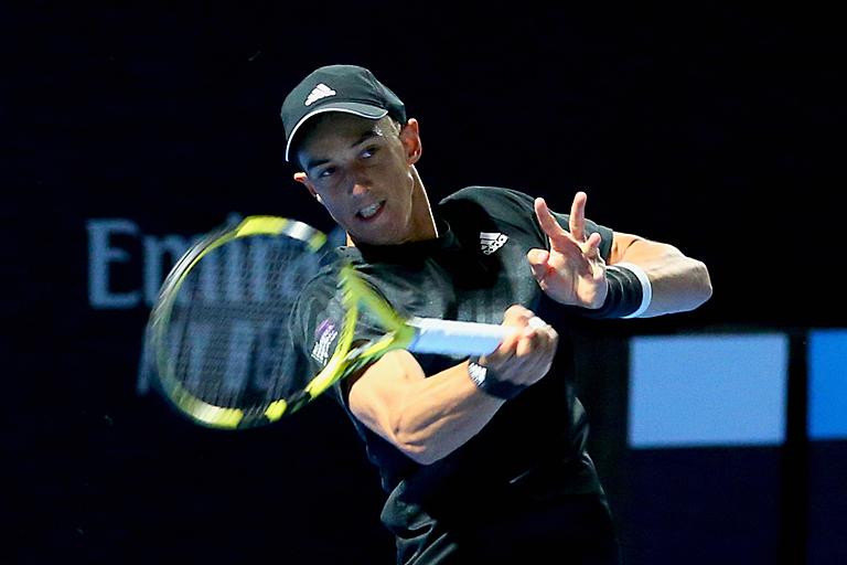 <b>ATP</b> - Barcelone (Q) - Hoang a raté quatre balles de match, Robredo out