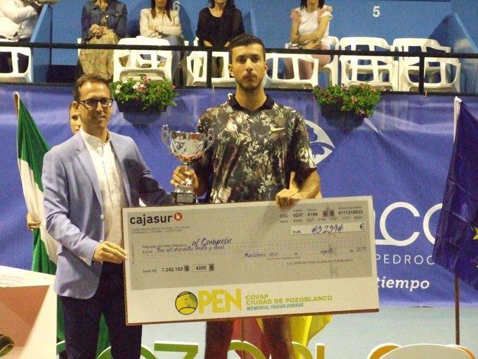 Pozoblanco (M25) - Rayane Roumane décroche son 1er titre !