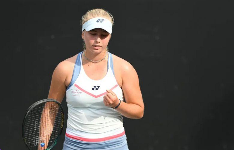 Roland-Garros - Un cut à 101, la Danoise Clara Tauson souffle...