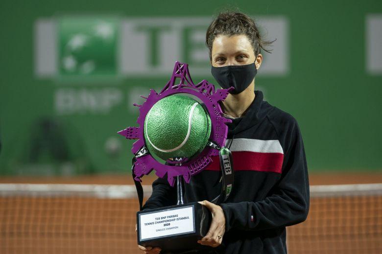 WTA - Istanbul - Tig domine Bouchard et remporte son deuxième trophée