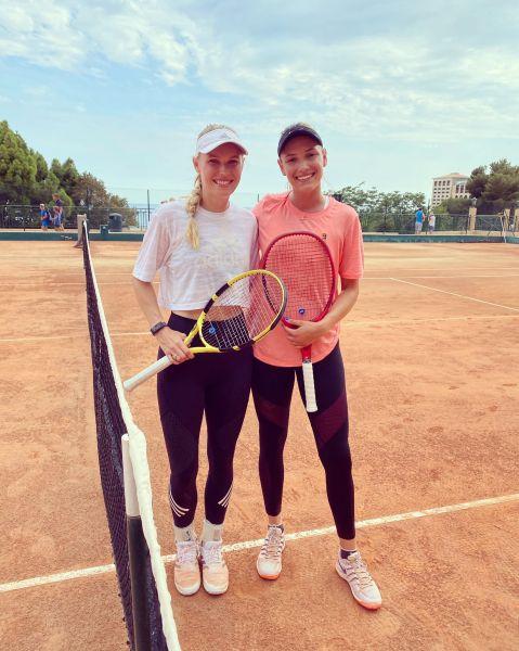 WTA - Caroline Wozniacki a repris l'entraînement...avec Donna Vekic